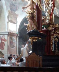 Bohoslužba tradičního římského ritu ke sv. Athanasiovi 1. května 2019 na Křemešníku u Pelhřimova.