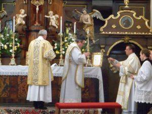 Mše svatá římského ritu v Třebíči na Jejkově (2013)